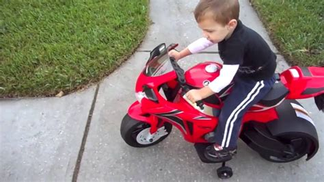 Motorrad Kleinkind by Honda Cbr Motorcycle Ride On Toys Youtube