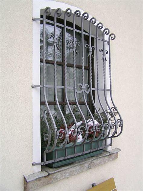 Fenstergitter Selber Machen by Fenstergitter Sch 246 Ne Ausf 252 Hrungen Zum Fensterschutz