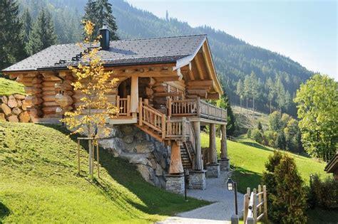 Hütte In Den Alpen Mieten by Neue Luxusklasse Am Berg Die Sch 246 Nsten Almh 252 Tten In