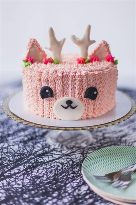 pink reindeer cake coco cake land cake tutorials