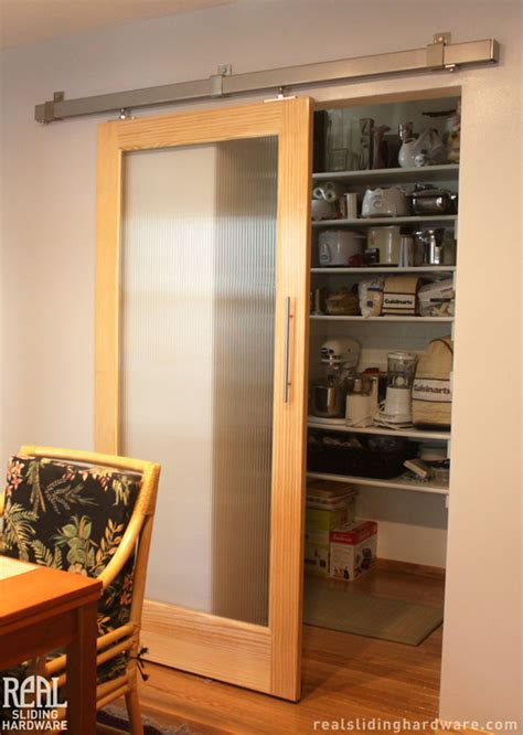 Sliding Pantry Door Hardware by Sliding Quot Barn Doors Quot Sliding Barn Doors