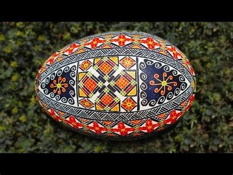 Ukrainian Easter Egg Decorating by Learn How To Dye Color Easter Eggs Decorate Ukraine