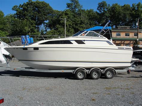 bayliner boats lake george 1984 bayliner ciera sunbridge 2750 lake george new york