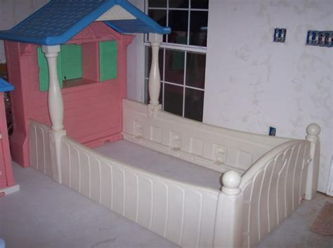 Storybook Cottage Bed by Lalaloopsy Bed At Tikes Storybook Cottage