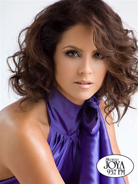 lucero hairstyle lucero actress what do people named lucero look like