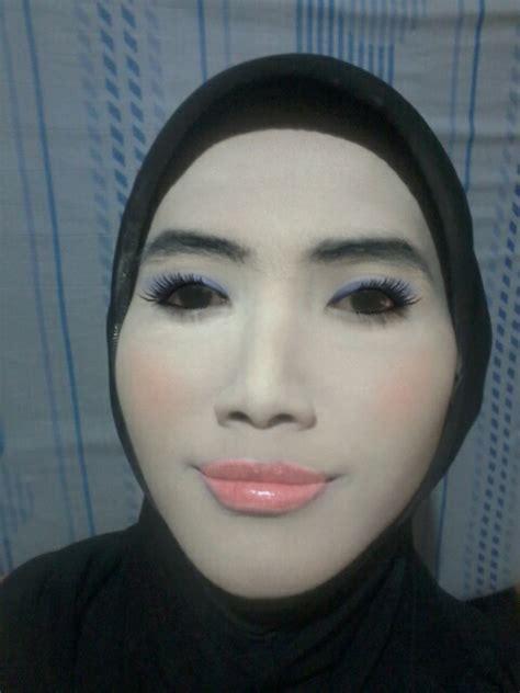 Eyeshadow Putih makeup putih tebal ala ibu ibu cabe cabean makeup look review la tulipe