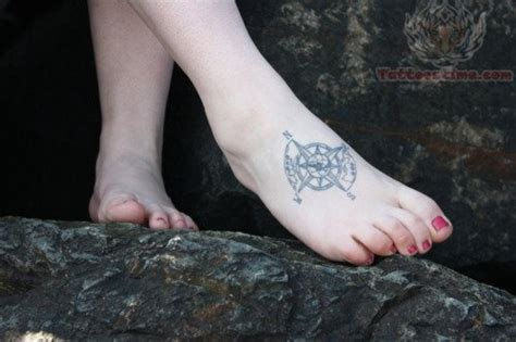 tattoo compass foot compass tattoos page 27