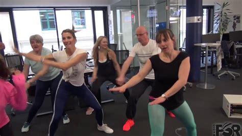 zumba fitness tutorial youtube zumba tutorial workout im b 252 ro youtube