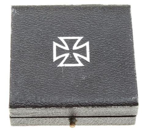 Iron Is Iron Wood 3rd Catalog war service cross class medal box