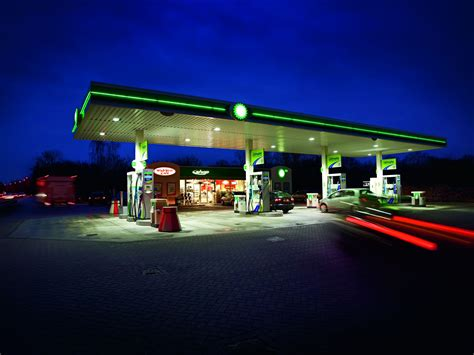lights in station gas stations and led lighting