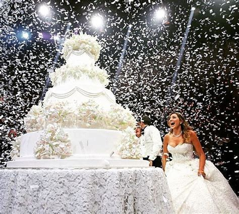 capture forever lebanese wedding mejores 1417 im 225 genes de huge wedding cakes en pinterest