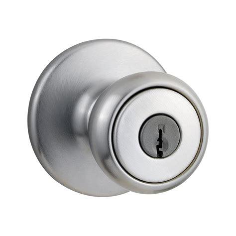 shop kwikset tylo satin chrome tulip keyed entry door knob