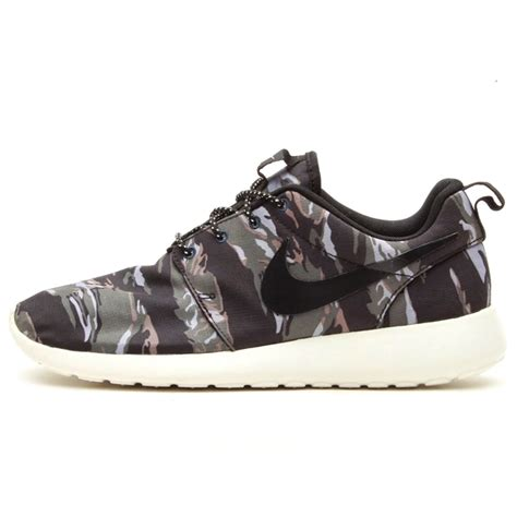 nike running shoes camo will camo sneakers die collective kicks