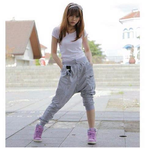 Jual Perlengkapan Olahraga Nizam Limited Terlaris jual celana panjang olahraga wanita nike cewek