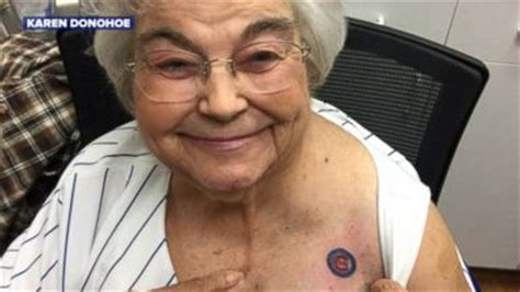 new tattoo looks wrinkled chicago cubs win 2016 world series video abc news