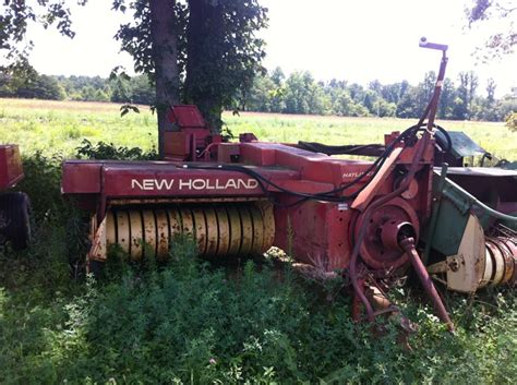 New Holland 310 With Ejector Good Tires