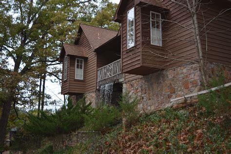 Cabin Rentals Eureka Springs Arkansas by Eureka Springs Cabins For Rent The Woods Cabins In