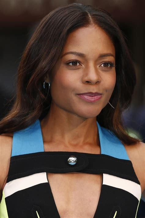Looks We Loved This Week by Naomie Harris Lipstick And More