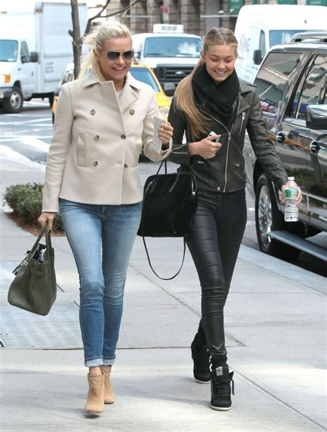 what jeans does yolanda foster wear more pics of yolanda foster puffa jacket 5 of 10