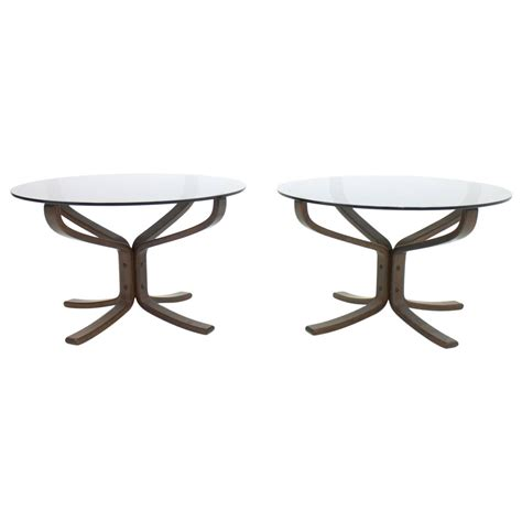 Falcon Tables by Pair Of Sigurd Resell Falcon Side Tables 1960s At