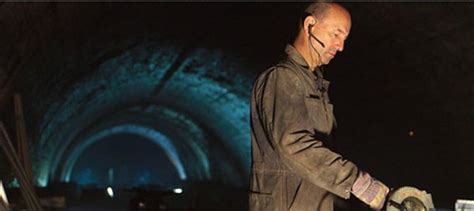 film d action quebecois dernier tunnel le film d 201 rik canuel films du qu 233 bec