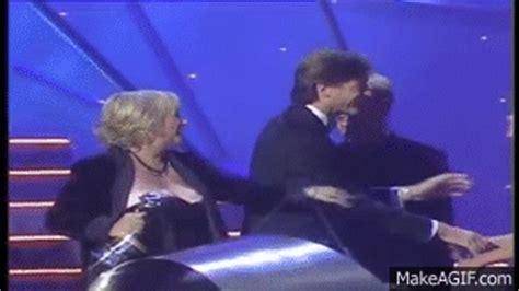 national television awards judy finnigan wardrobe