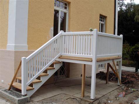 kosten glasgeländer treppe balkon mit treppe kosten balkon mit treppe in holz