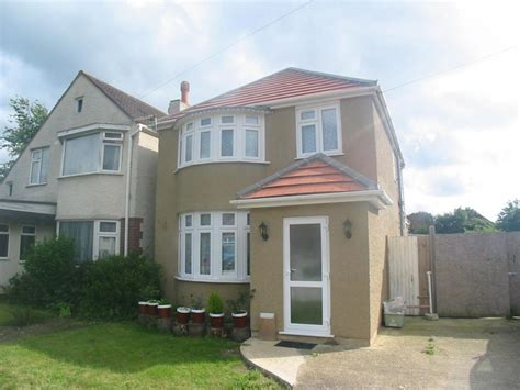 3 bedroom house in hounslow 3 bedroom detached house for sale in heathside whitton