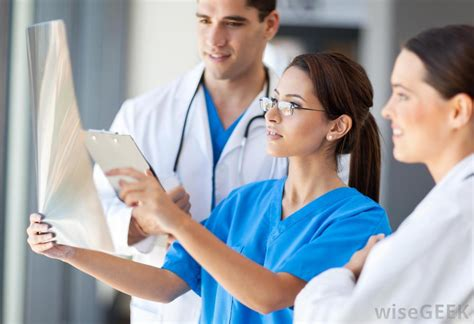 what are the different types of emergency nursing