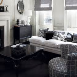 Black And White Chairs Living Room Design Ideas 21 Black And White Traditional Living Rooms Digsdigs