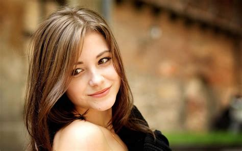 despacito zedge belle jeune fille souriante hd papier peint de bureau