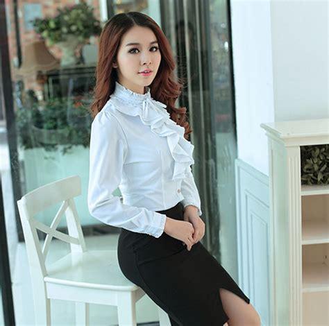 Rok Kerja Panjang Model Prisket Resleting Bagian Pinggang 12 model blouse wanita yang sedang trend dan terbaru info fashion terbaru 2018