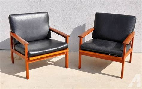 pair mid century modern leather teak lounge chairs