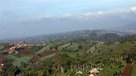 Siang Shanaya Original Bandung asyiknya ngadaweung di ketinggian bukit moko bandung travelog tempat mencari destinasi asyik