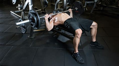 chest press bench press 6 bench press variations for more mass muscle fitness