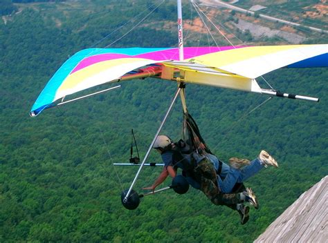 hang pictures hang gliding in himachal pradesh himachal pradesh hang