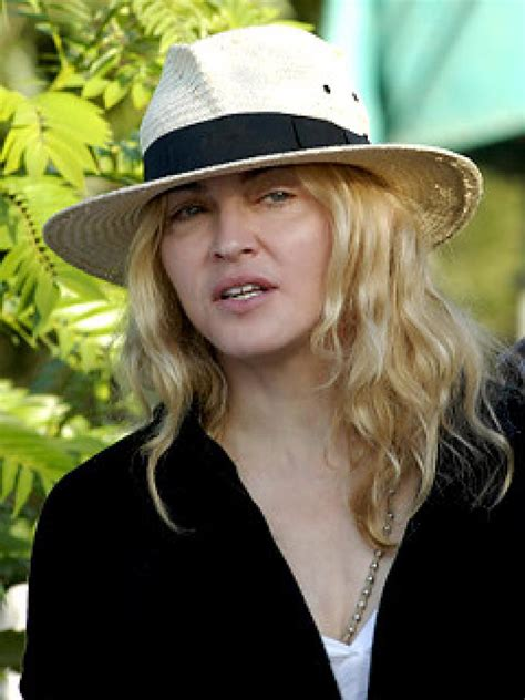 Madonna Asked For Adoption Advice by Malawi Backs Madonna S Adoption Bid Ny Daily News