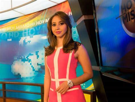 isabel zambrano desnuda las presentadoras m 225 s guapas de la televisi 243 n nacional