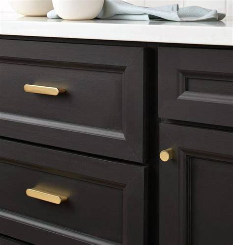 Top 70 Best Kitchen Cabinet Hardware Ideas   Knob And Pull