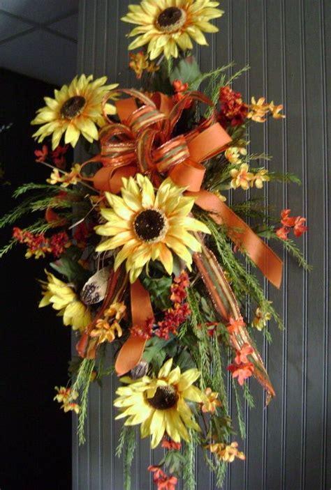 hanging   front door choose  wreath