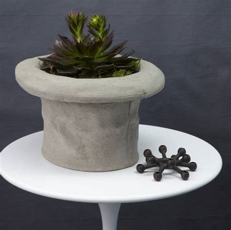 concrete top hat bird bath by thelittleboysroom