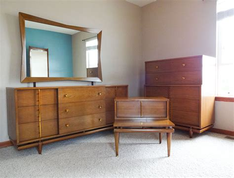 mid century modern bedroom set mid century modern bedroom set dresser chest