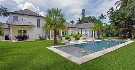 3 bedroom luxury home for sale lyford cay new providence