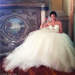 Davey Vanity Chrissy Teigen Shares John Legend Marriage Photo On Martha