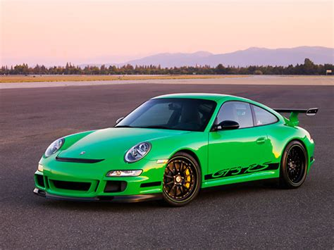 porsche 911 gt3 rs green 3 car stock photos kimballstock