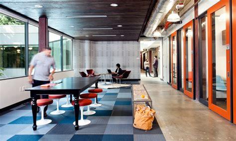 microsoft building 4 informal meeting area