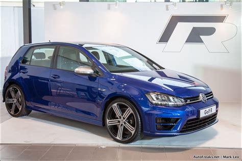 mk7 golf r blue test drive review volkswagen mk7 golf r autofreaks