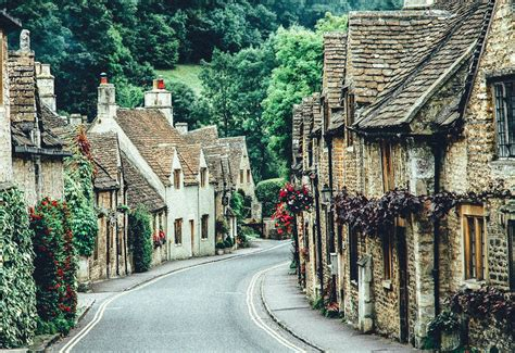 cute towns 17 of the most beautiful villages to visit in britain