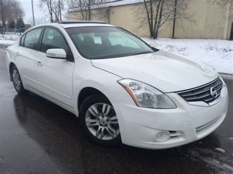 nissan altima white 2010 2010 nissan altima s 2 5l 4 cyl automatic pearl white nice