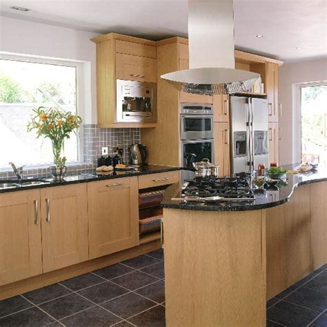 oak kitchen ideas modern oak and steel kitchen kitchen design decorating